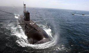 A-submarine-002